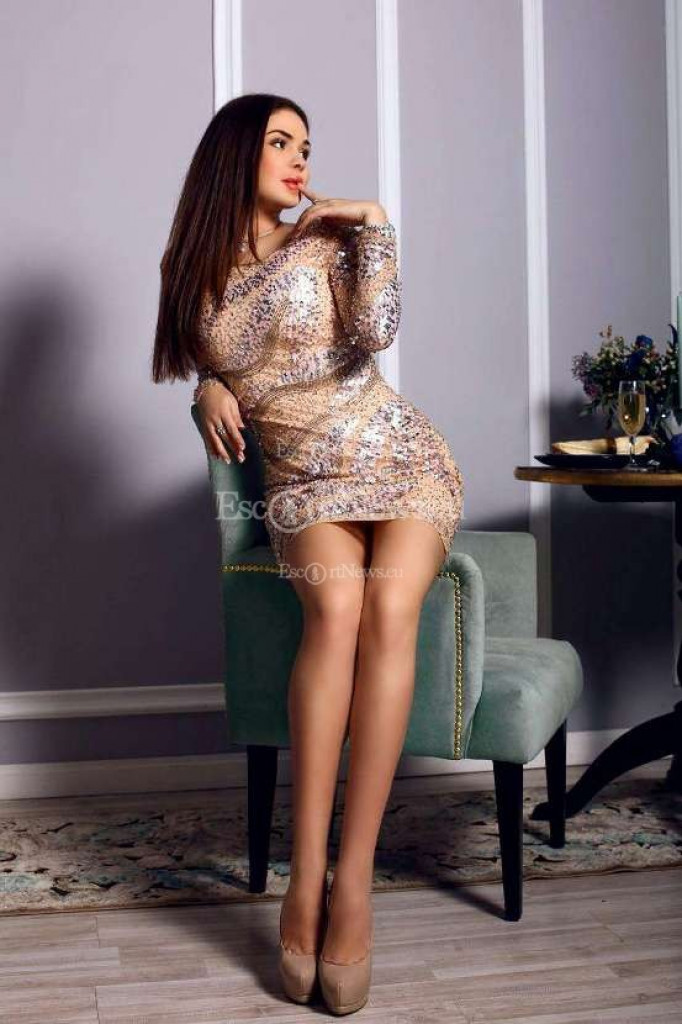 Katy - top escort in Athens