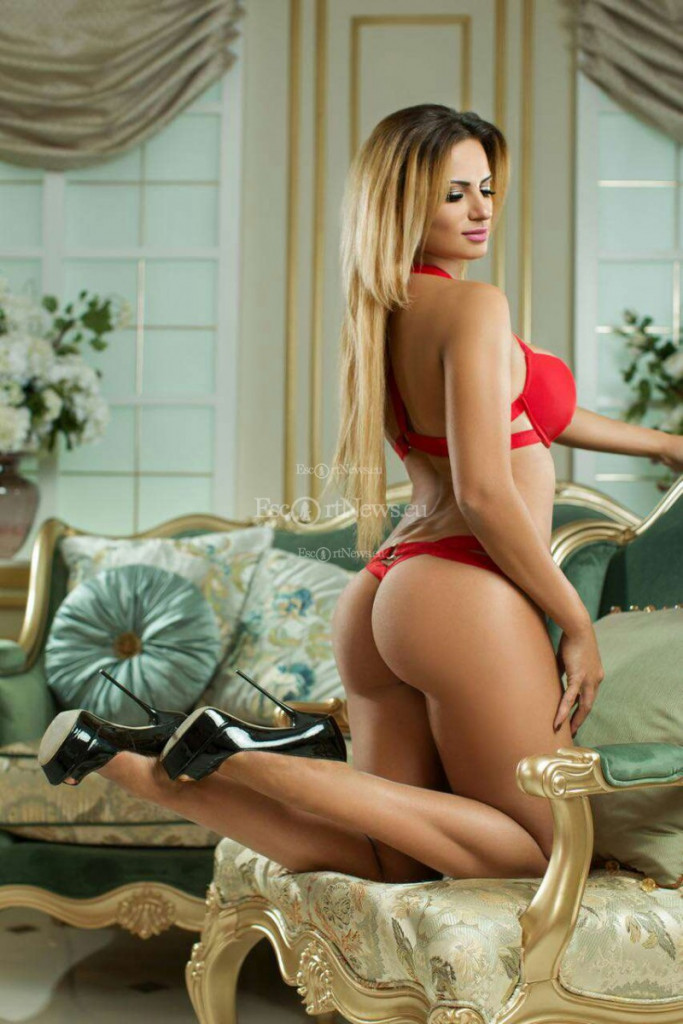 Angelina  - top escort in Athens